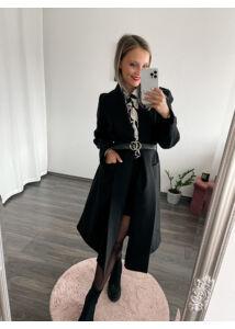 Hosszú, öves kabát