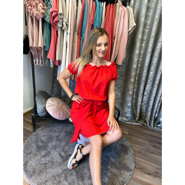 Piros, megkötős ruha